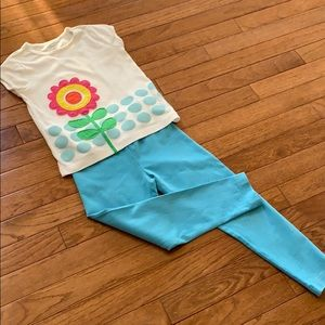 Girls flower top with Hanna Andersson leggings